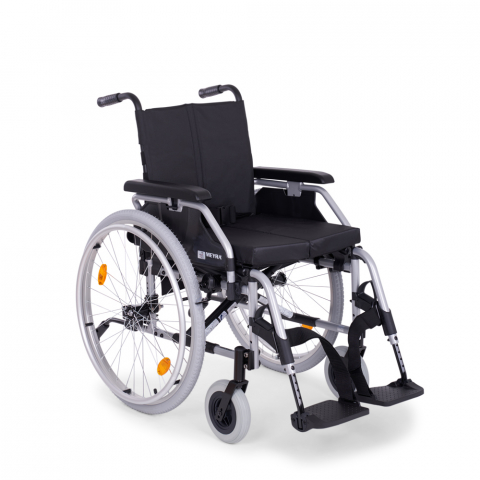 Кресло-коляска «MEYRA», с ручным приводом, п 2.750 «EUROCHAIR2» облегченного типа, с принадлежностями